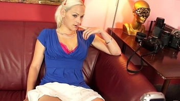 Gorgeous Blonde Unprofessional Fucks cock during Casting