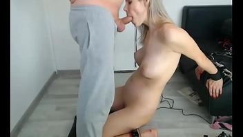 Tummy Likes Sex Toys and Fetish Face Fucking on Webcam