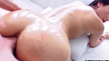 Oiled For everyone Over Hot Girl (vicki chase) With Fat Last analysis A torch for Anal Sex movie-30