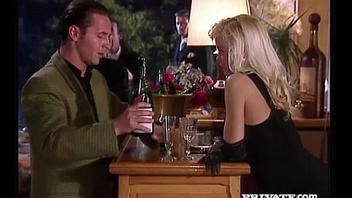 Silvia Saint Sucks a Cock at a Party To the fullest extent a finally Everyone Watches