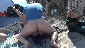 Slutwife Marion bareback gangbang on the lido in Summer 2016
