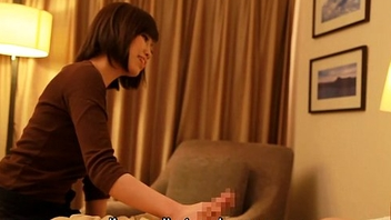 Subtitled Japanese hotel massage handjob leads to dealings in HD
